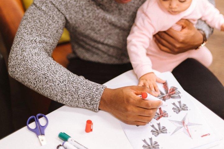 Congé paternité : « J'ai pu profiter de mon bébé en télétravail »