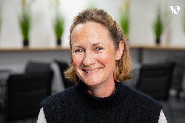 Rencontrez Anne, Directrice du Pôle Carrières et Relations Entreprises - Groupe GEMA - ESI Business School & IA School