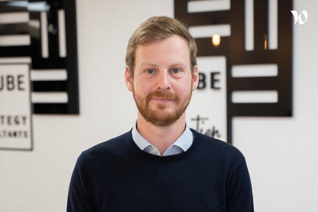 Rencontrez Thomas Samson, Senior Consultant - E-cube Strategy Consultants
