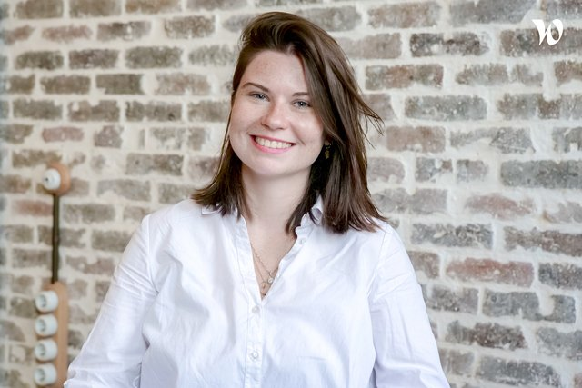 Rencontrez Julie, Event Project Manager - IMCAS