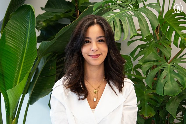 Rencontrez Inès, Media Manager - tigrz.paris