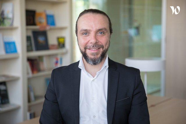 Rencontrez Cédric, Directeur Commercial - Up