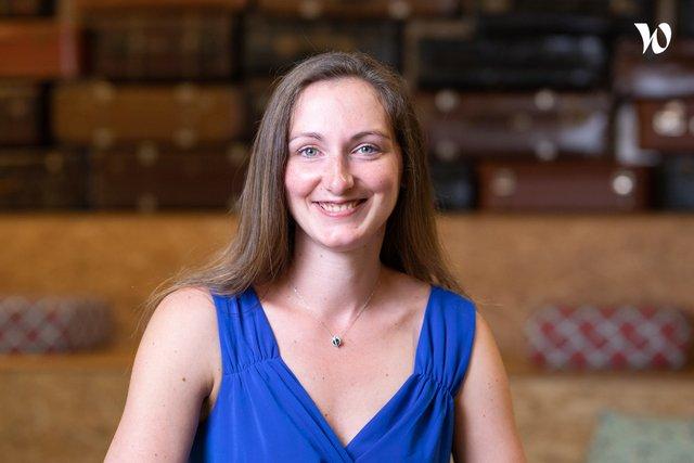 Rencontrez Laura, Directrice Marketing - Novelis