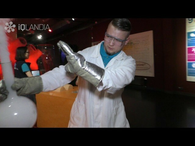 iQLANDIA Mannequin Challenge - iQLANDIA Science Center