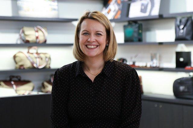 Rencontrez Elodie, Responsable Activité Retail France - S.T. DUPONT