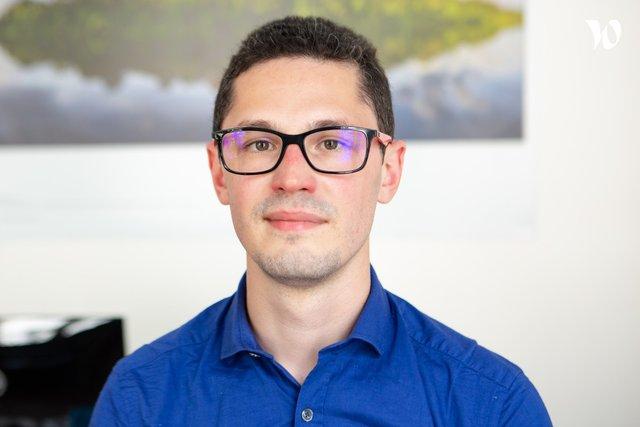 Rencontrez Xavier, VP Engineering - CCM Benchmark Group