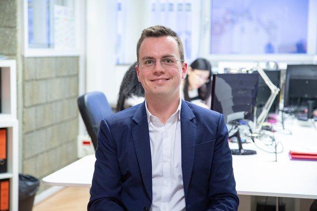 Rencontrez Nicolas, Expert Comptable Mémorialiste - YTHAK