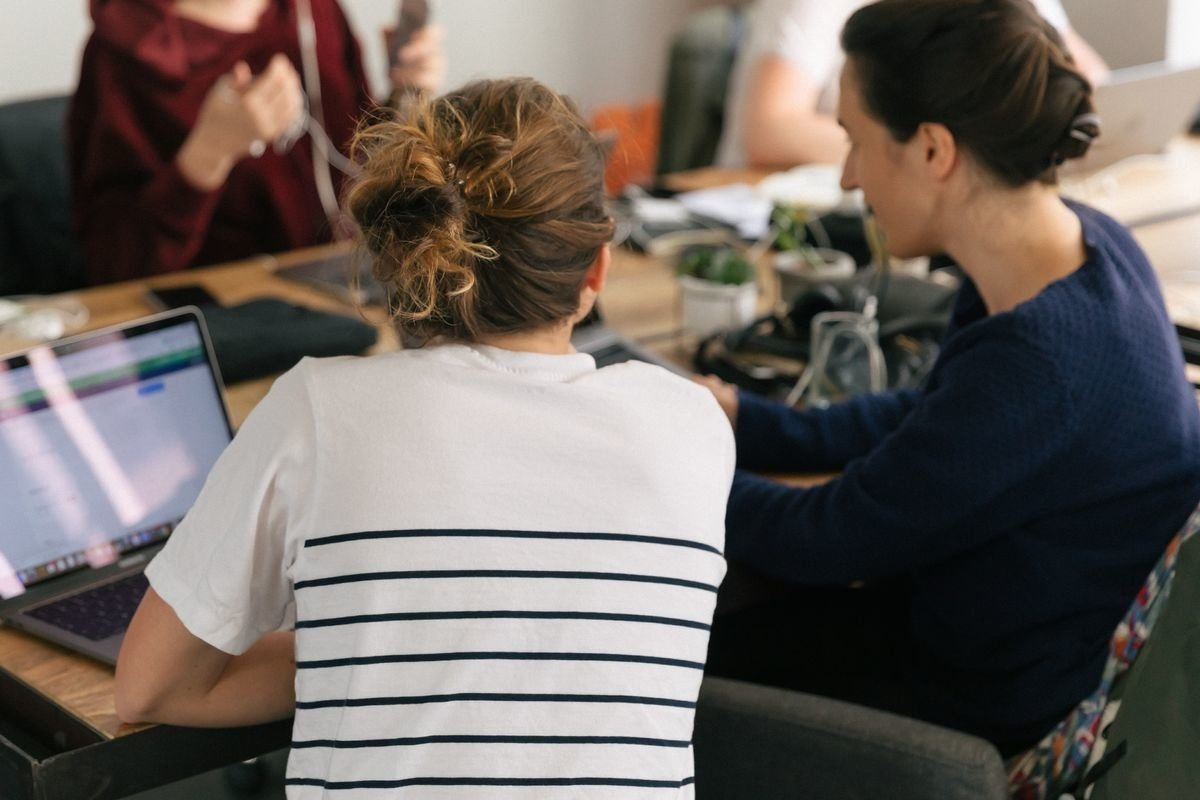 Formación en la empresa: estudiar para impulsar tu carrera