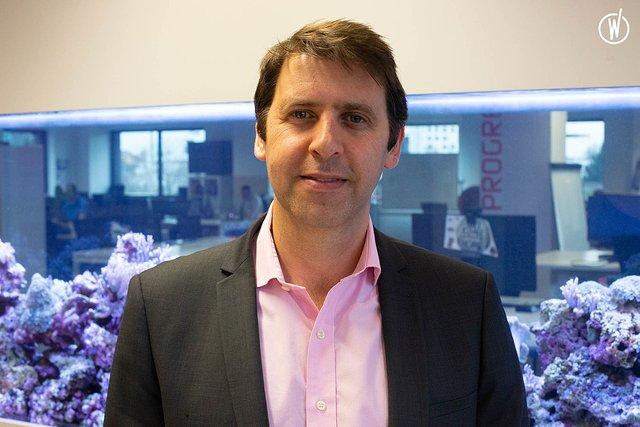 Rencontrez Julien, Directeur Général - LINKBYNET
