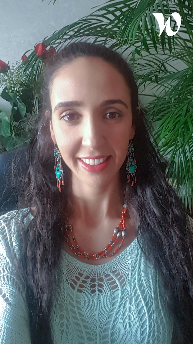 Meet Nabila, Channel Consultant - HubSpot