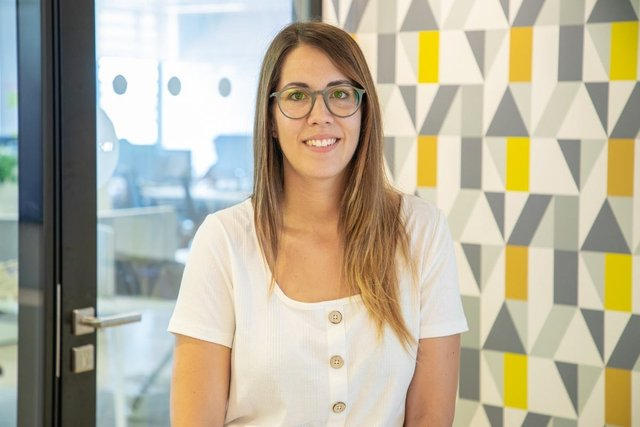 Conoce a Georgina, Responsable de marketing de motor - Adevinta