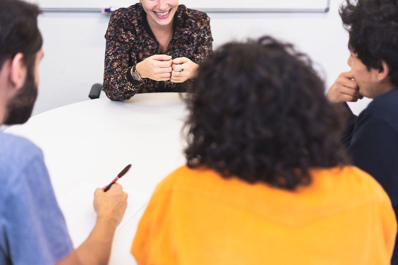 Consejos para afrontar una entrevista con tus futuros compañeros