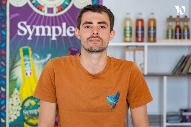 Rencontrez Valentin, Druide associé & Responsable logistique - Symples
