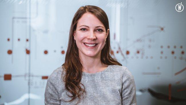 Rencontrez Lucie,  Spécialiste en Marketing Digital  - Quadient