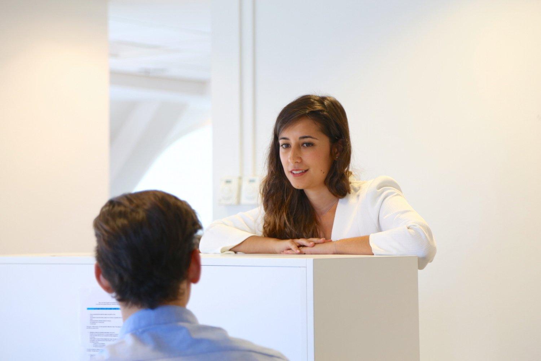 Pourquoi faire une carrière en conseil en stratégie ? by AlumnEye