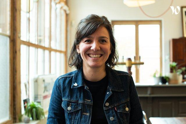 Rencontrez Charlotte, Directrice de clientèle - OP1C (On prend un café)
