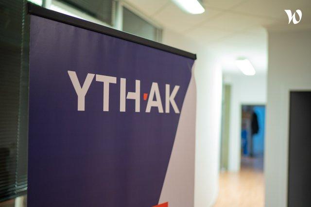 YTHAK
