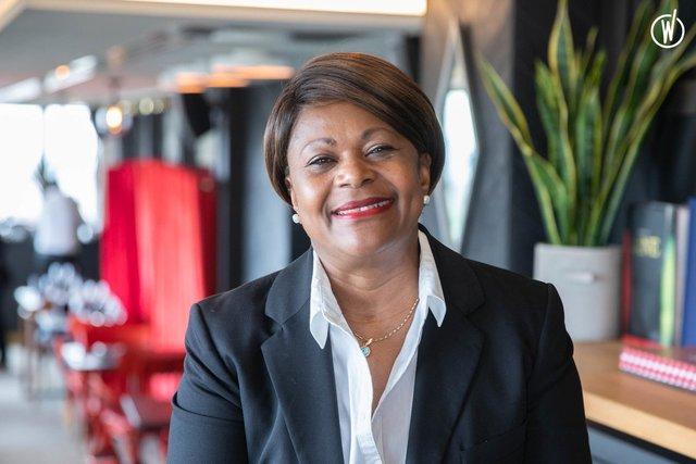 Rencontrez Sylvie, Gouvernante Générale au Madison Hôtel - Biografy