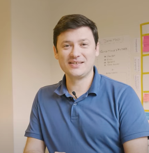 Rencontrez Thomas, responsable technique marketing et data - France Télévisions