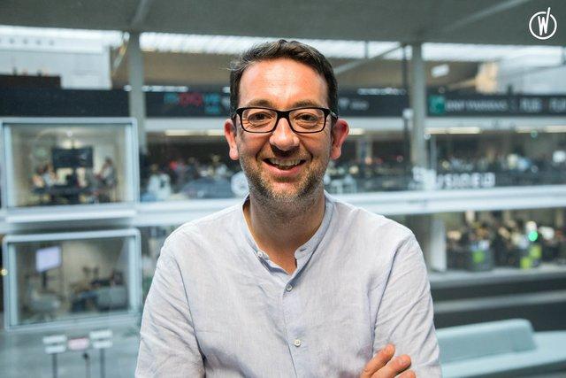 Rencontrez Julien, Directeur Marketing & Sales - fluctuo