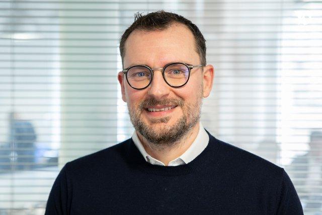 Rencontrez Nicolas, Expert de la Relation Client - Nouvelles Donnes