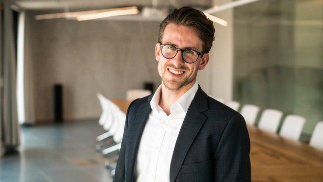 Christian Müller, Advokát - Dentons