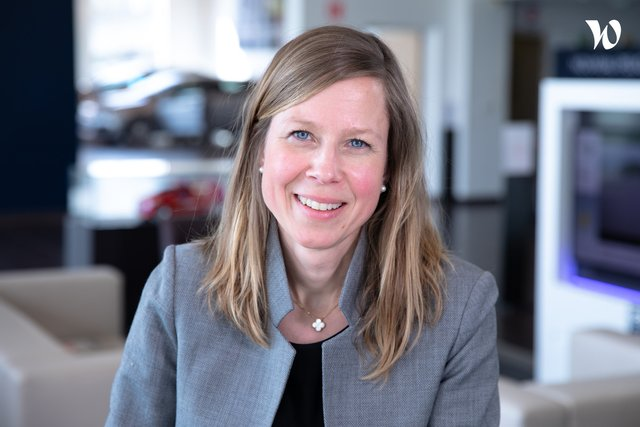 Rencontrez Valérie RZASNICKI, Chief Marketing & Digital Officer for Mobility service - PSA Retail