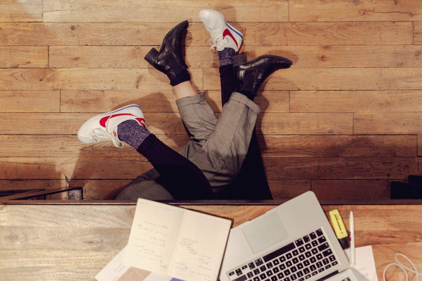 Vzťahy na pracovisku: Áno alebo nie?