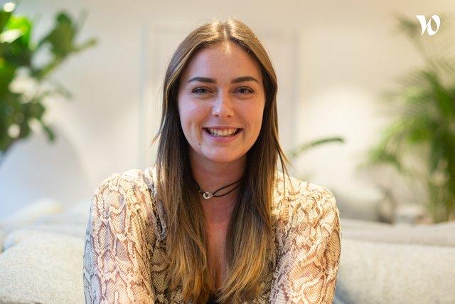 Rencontrez Sacha, Business Manager - Devinsley