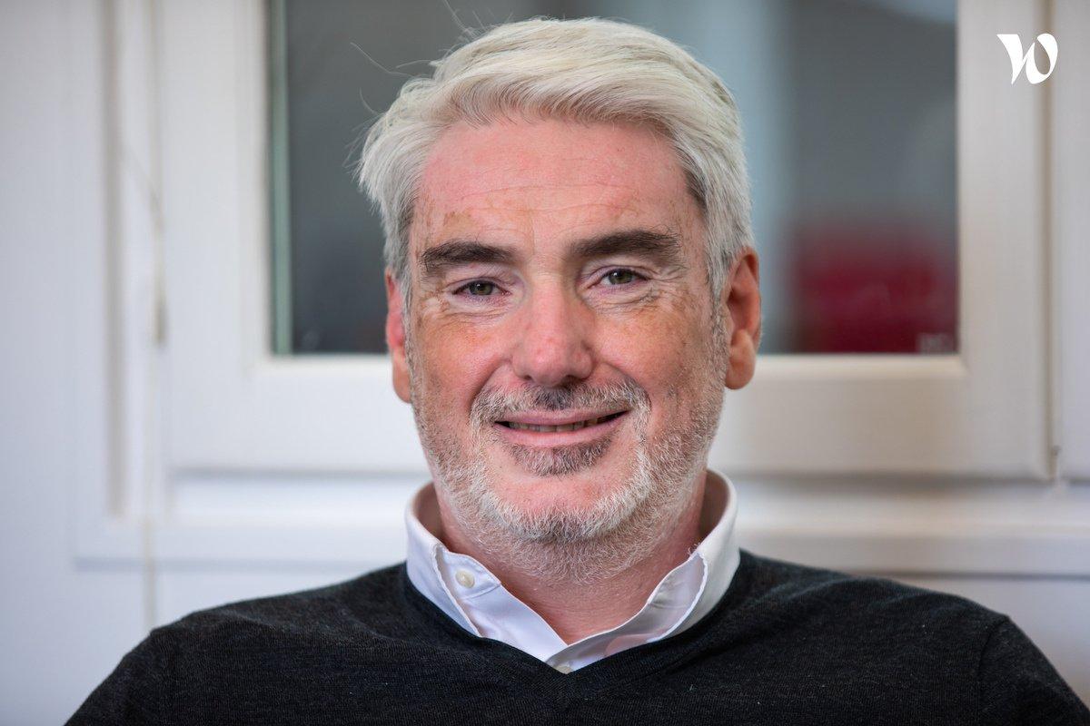 Rencontrez Emmanuel, Directeur Général - Groupe Educlever