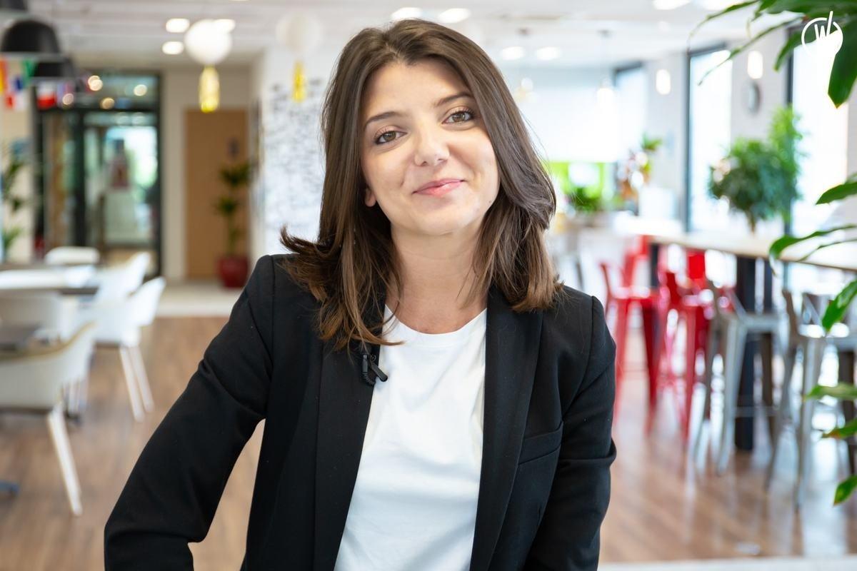 Rencontrez Emma, HR Director - Alchimie