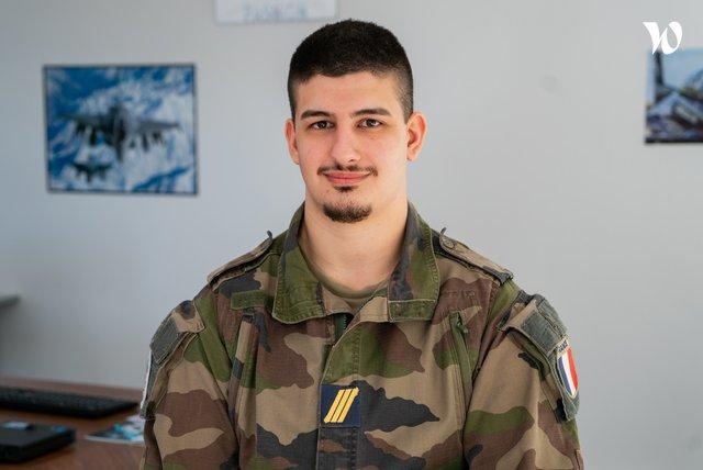 Rencontrez Sergent-Chef Antoine, Technicien administrateur réseaux - armée de l'Air et de l'Espace