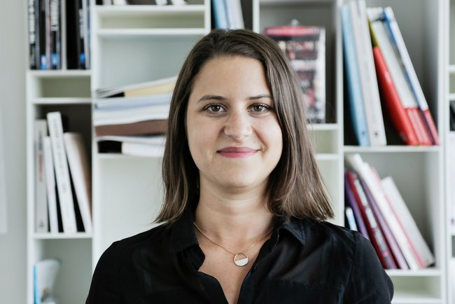 Rencontrez Caroline, Chargée de Communication - Agence France-Presse