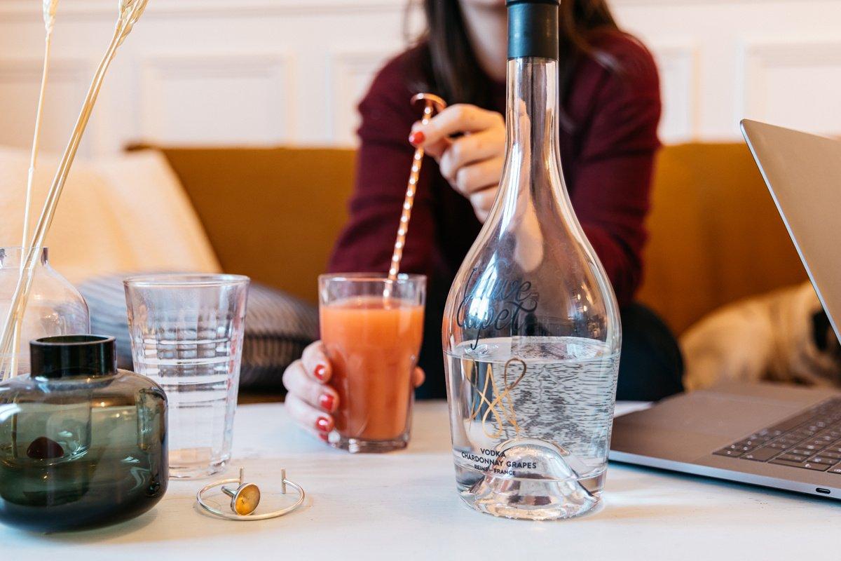 Home office a nárůst alkoholismu: Skrytá hrozba karantény