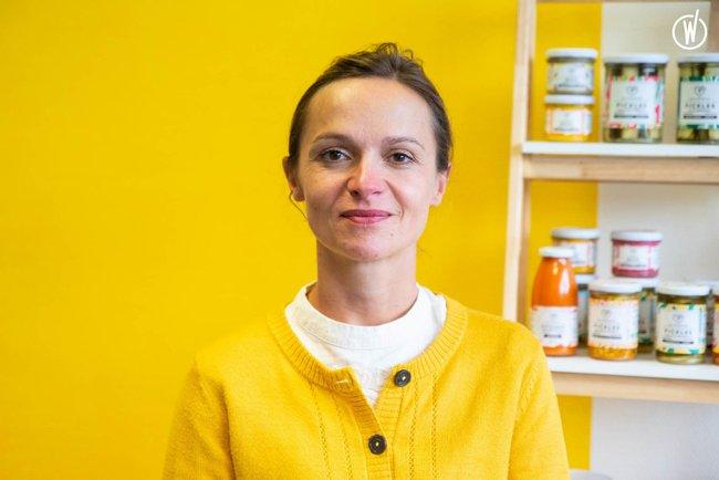 Rencontrez Elodie, Co-fondatrice et Responsable Communication - LES 3 CHOUETTES