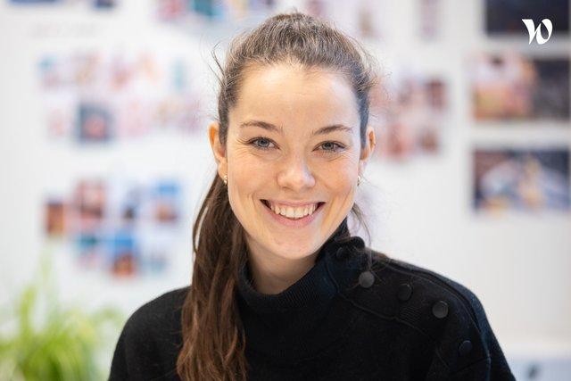 Rencontrez Julie, Web Designer - AGENCE - IZIPIZI