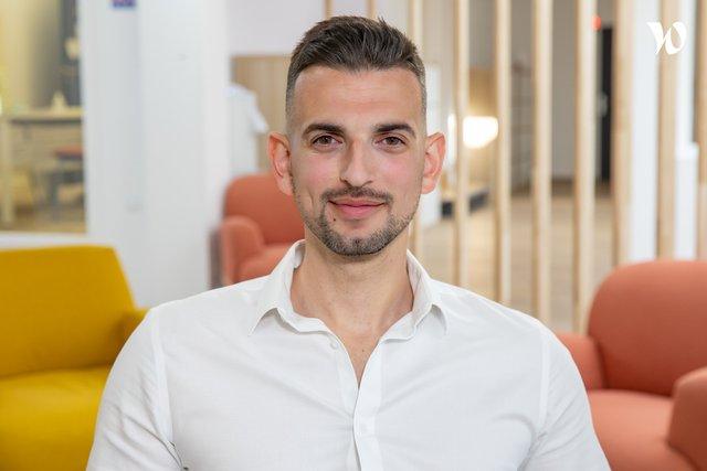 Rencontrez Emilien, Directeur Développement des Ventes - Groupe MisterMenuiserie
